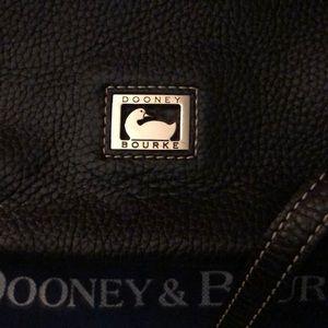 Dooney & Bourke Bags - Dooney & Bourke Authentic Black Purse Like New